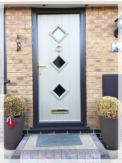 upvc door spray painting