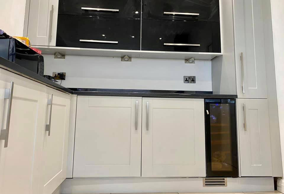 Brush Or Roller To Paint Cabinets, Best Paint Brushes For Kitchen Cabinets Uk